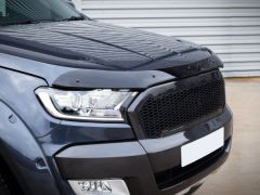 Bonnet Deflector Guard in Black